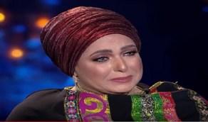 صبارين تتغزل بالفنان محمد عادل