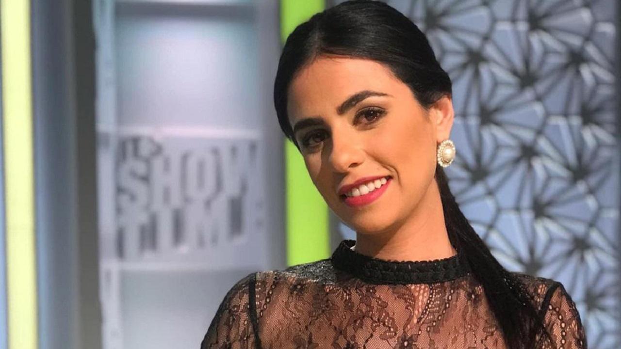 """"""" كورونا """" يلاحق مذيعات مصر وزوجة أحمد السقا في خطر"""