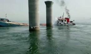 غرق باخرة إيرانية قرب السواحل العراقية