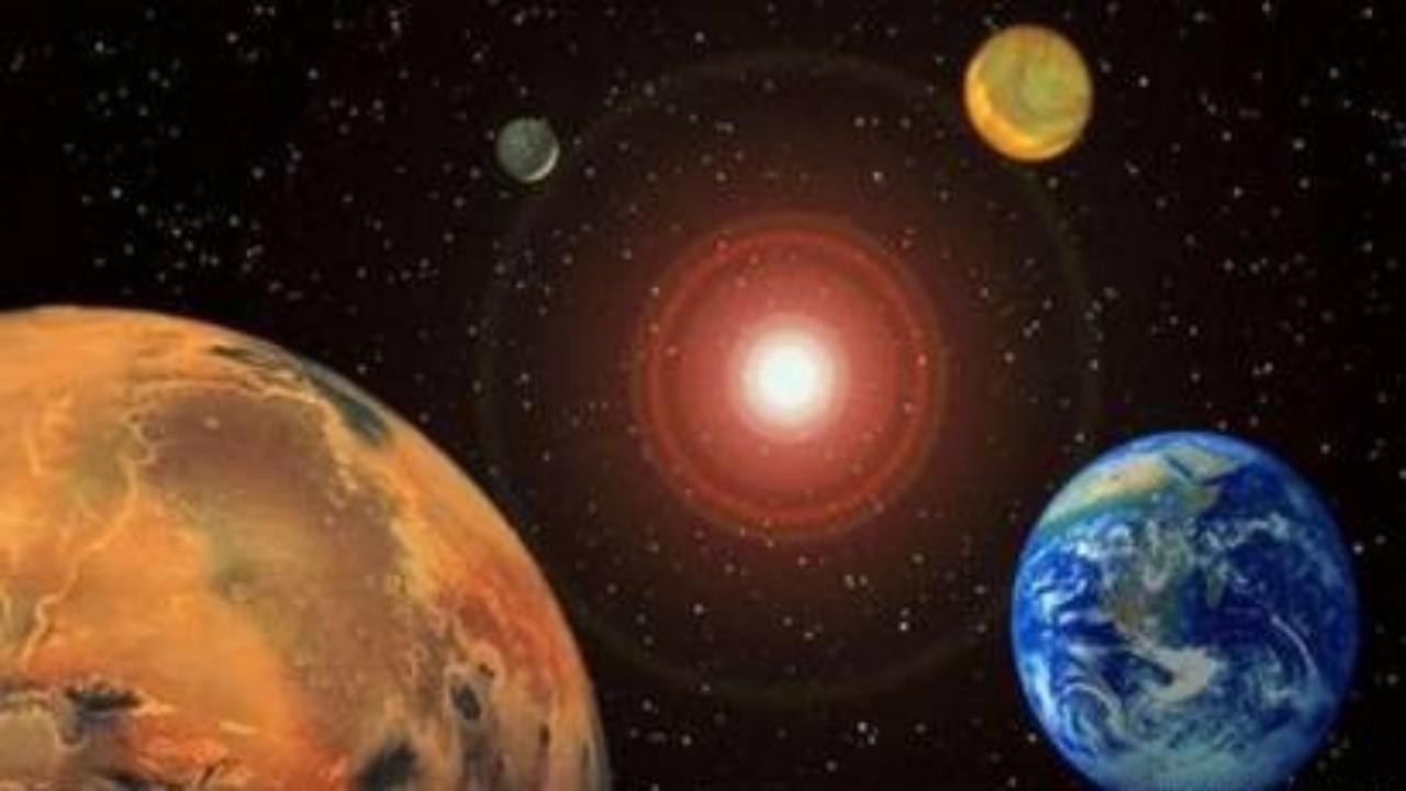 لوحة تذكارية لتكريم الأطباء على المريخ