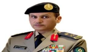 أمير عسير يقلد مدير الدفاع المدني رتبته الجديدة