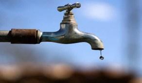 مقاول يكسر التمديدات ويحرم السكان من المياه لمدة شهرين بالعارضة