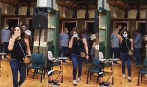 """بالفيديو..إليسا وفرقتها بالكمامات في """" بروفة """" لحفلها القادم"""
