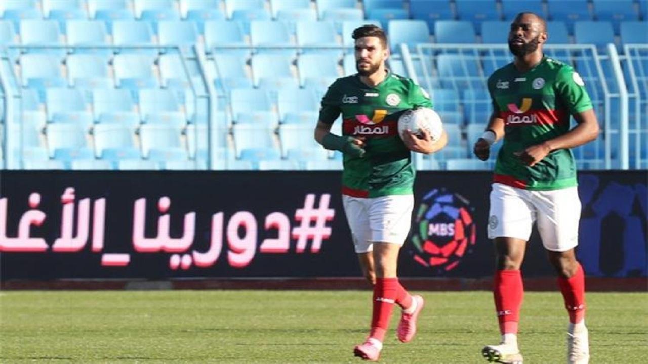 الاتفاق ينتظر رد الأهلي المصري لتمديد عقد وليد أزارو
