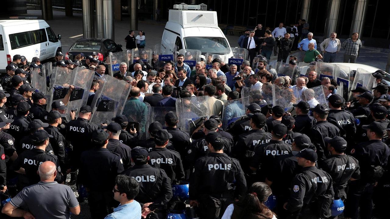 """"""" حراس الليل """" أداة أردوغان الجديدة للقمع والمعارضة تنتظر قرار المحكمة الدستورية"""