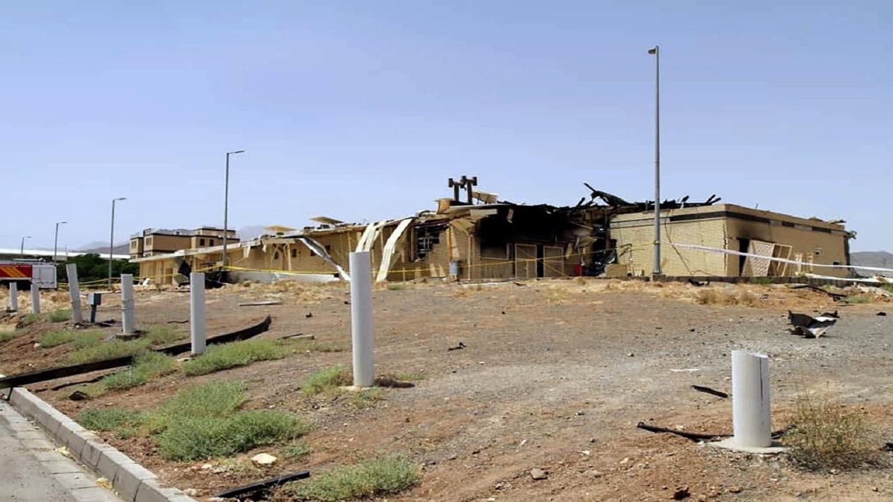 """تفاصيل حادث محطة """" نطنز """" النووية الإيرانية وسر رسائل البريد قبل الانفجار بساعات"""