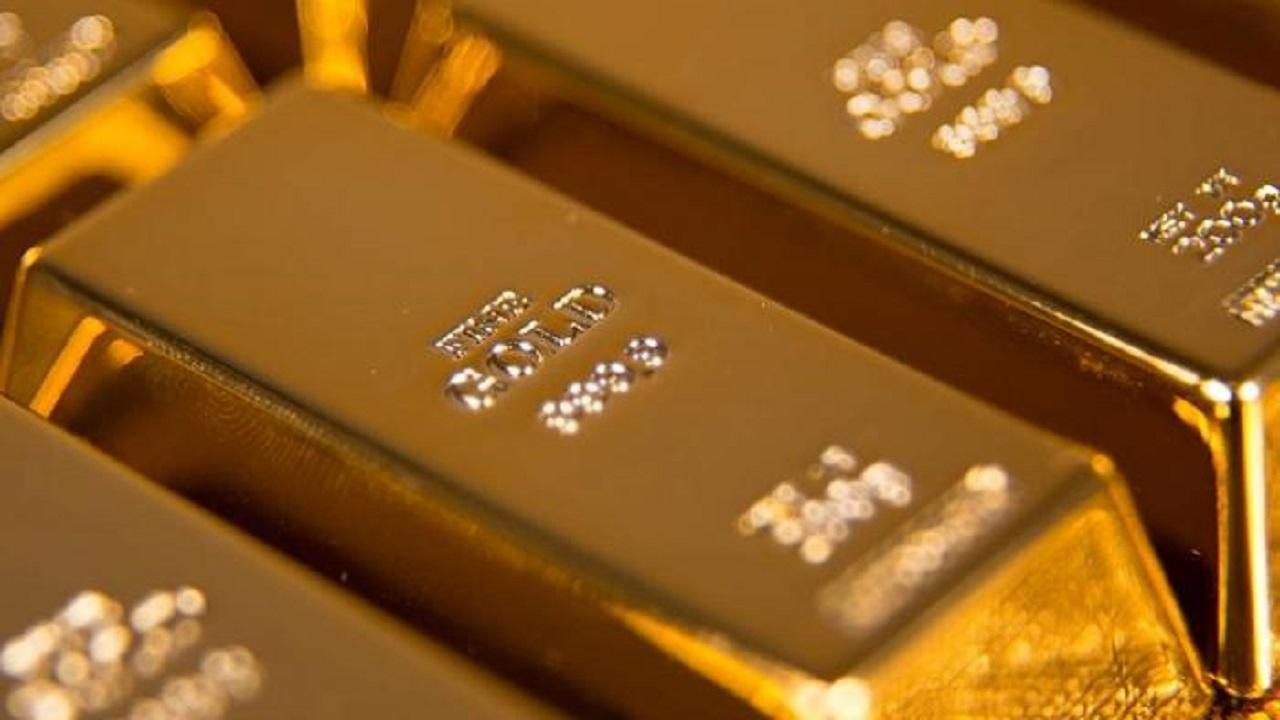 الذهب يرتفع مع مخاوف تنامي إصابات كورونا