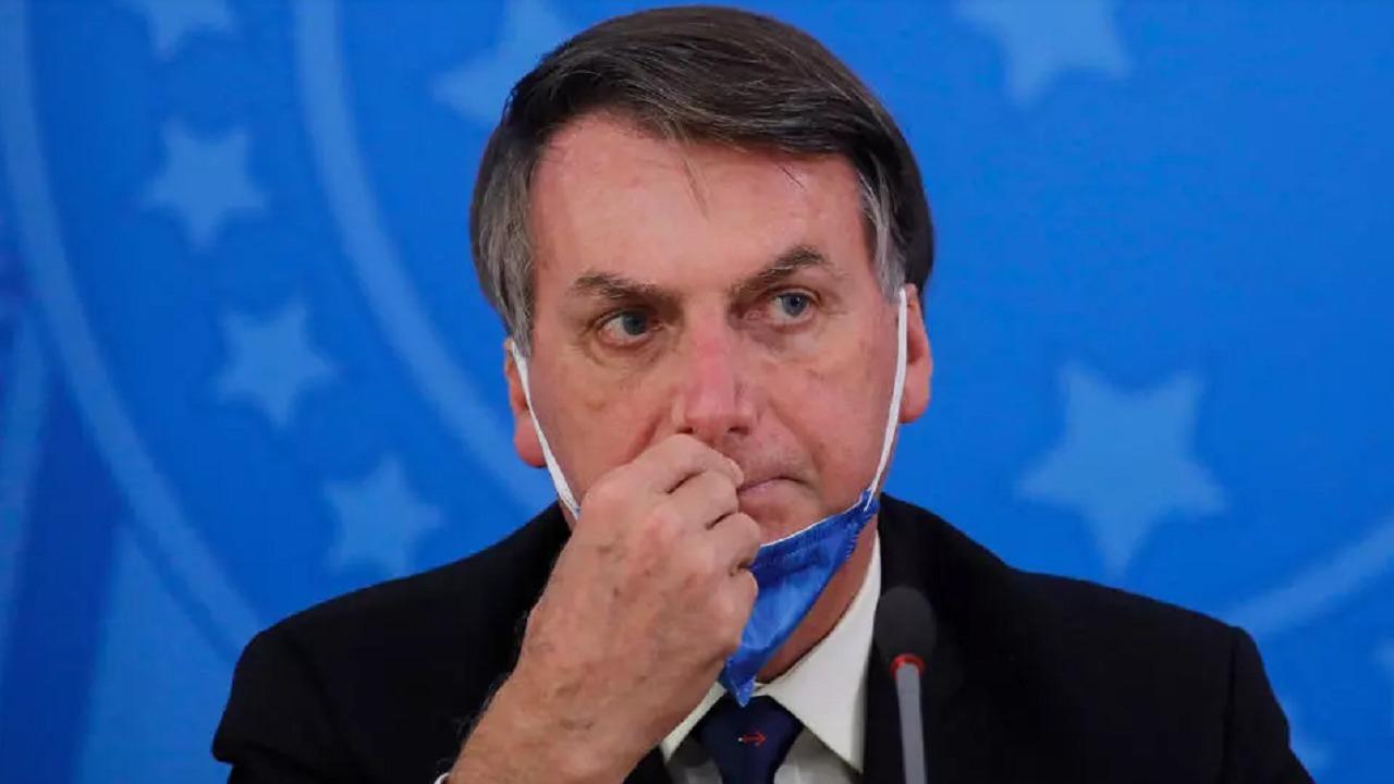 إصابة الرئيس البرازيلي بفيروس كورونا بعد تقليله كثيرًا من أهميته