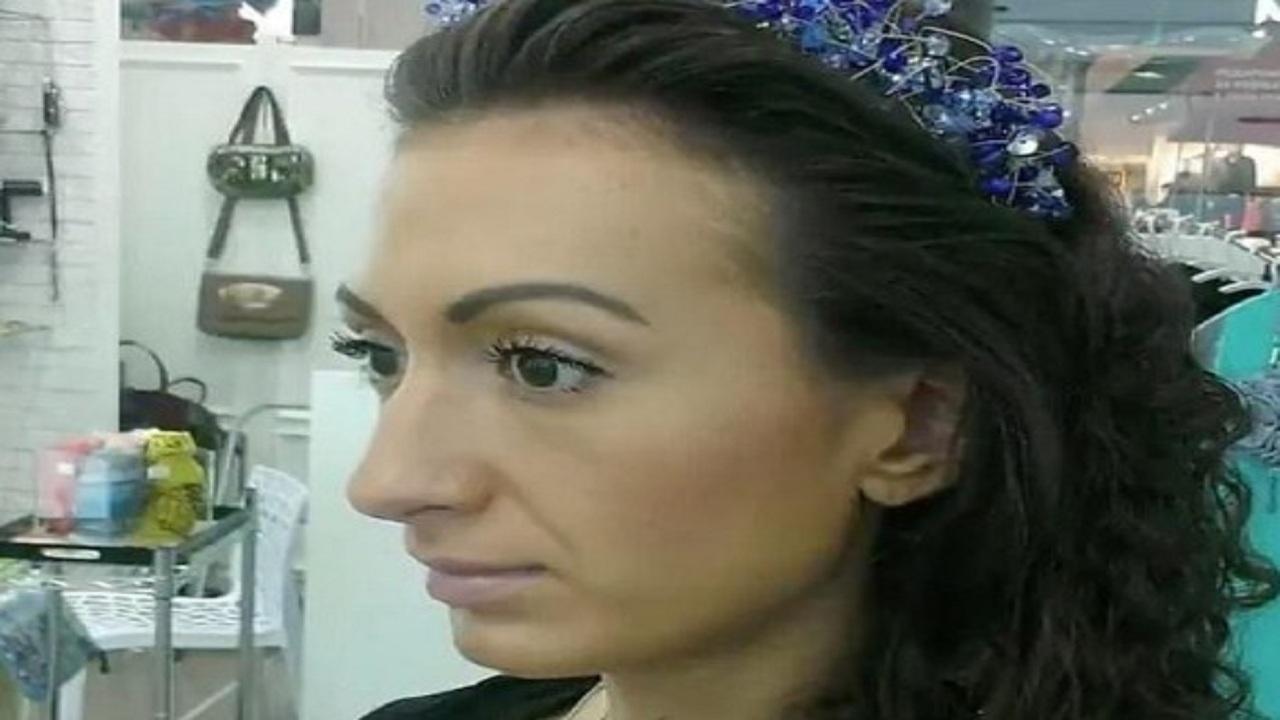 شاهد..فتاة تحقن وجهها بنفسها لتُشبه «الفأر»
