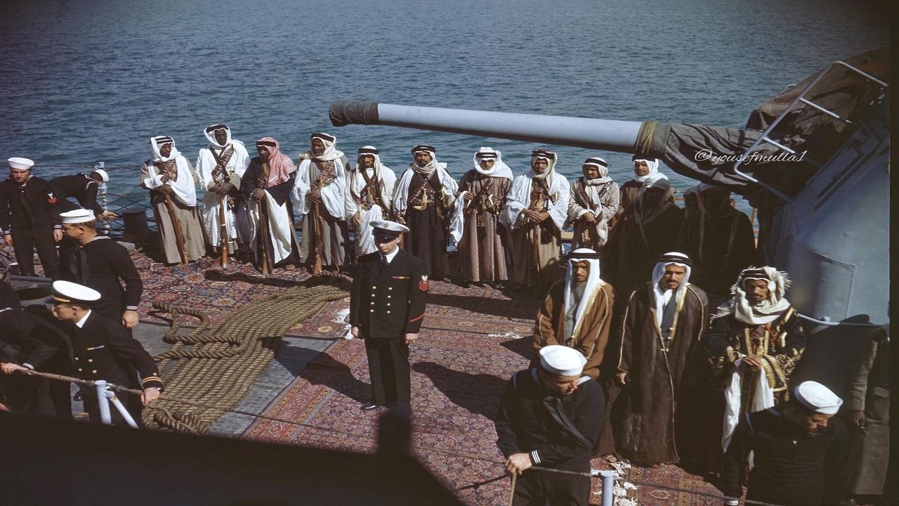 صور نادرة لمرافقين الملك عبدالعزيز خلال رحلته إلى مصر