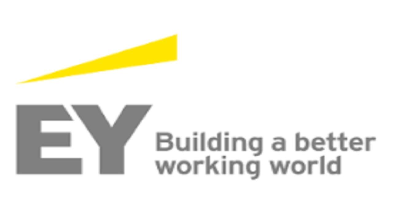 شركة إرنست ويونغ تعلن عن وظائف شاغرة بالرياض