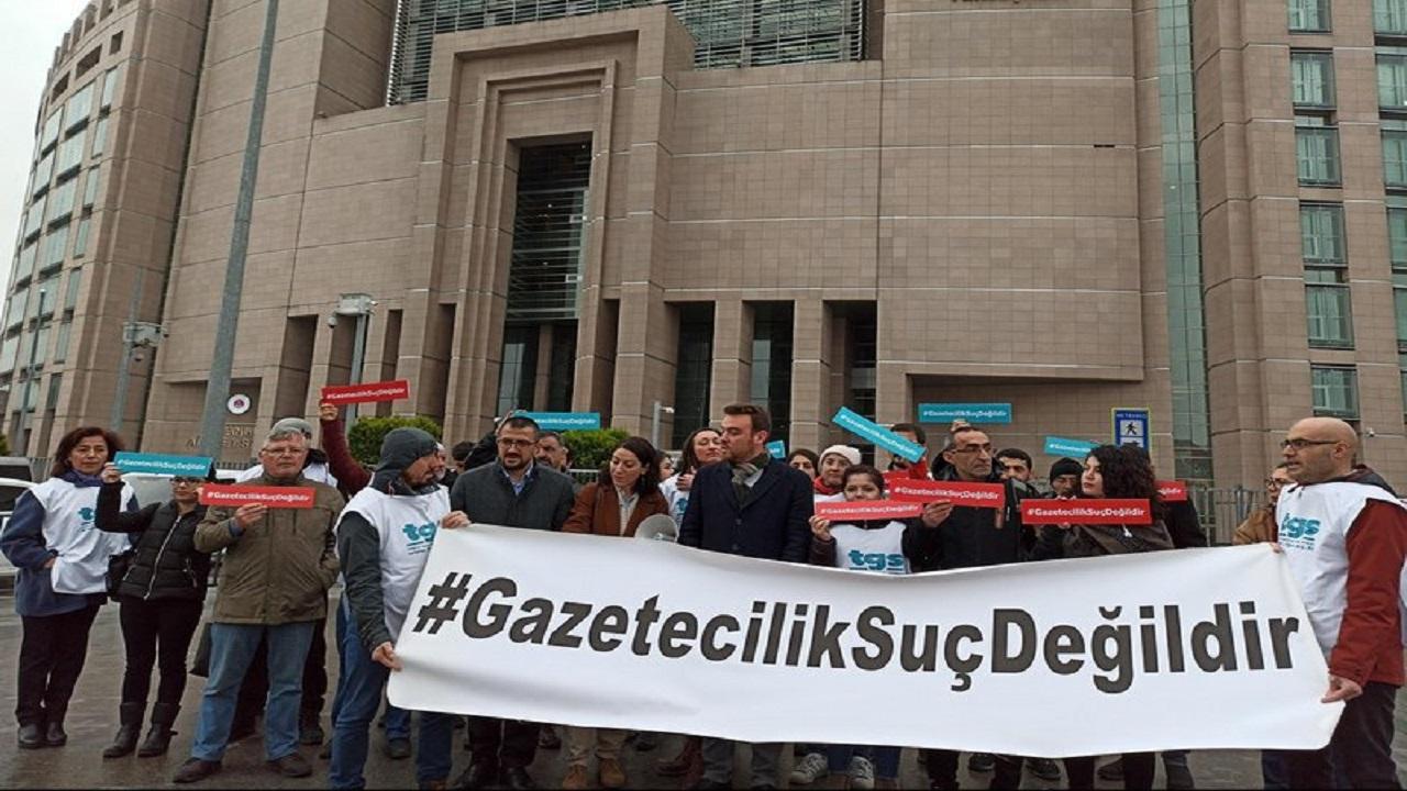 """صحفيو السويد يرفضون طلب تركيا بتسليم صحفي معارض """"وصمة عار"""""""