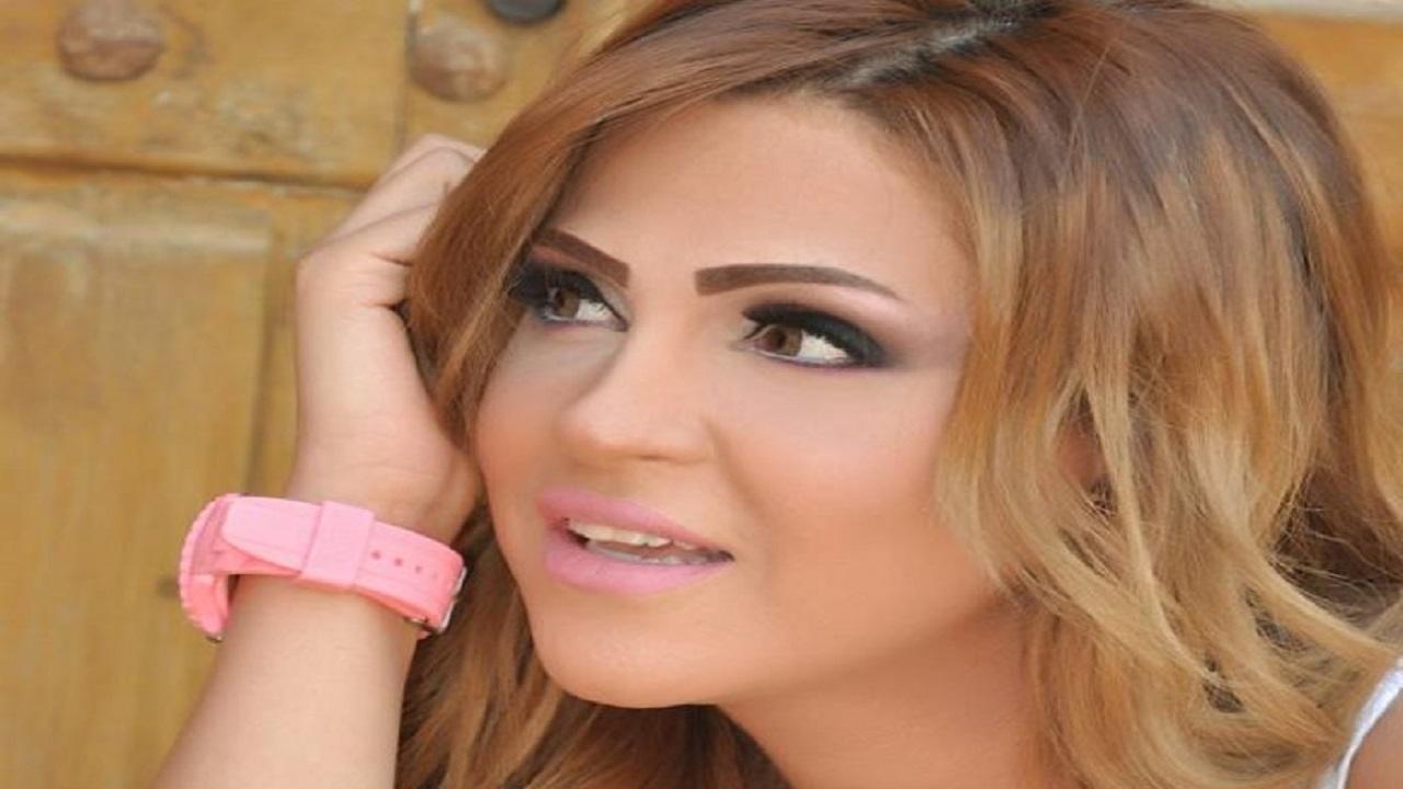 فنانة تتهم مدربًا في الدوري المصري بسرقتها وإنكار زواجهما العرفي