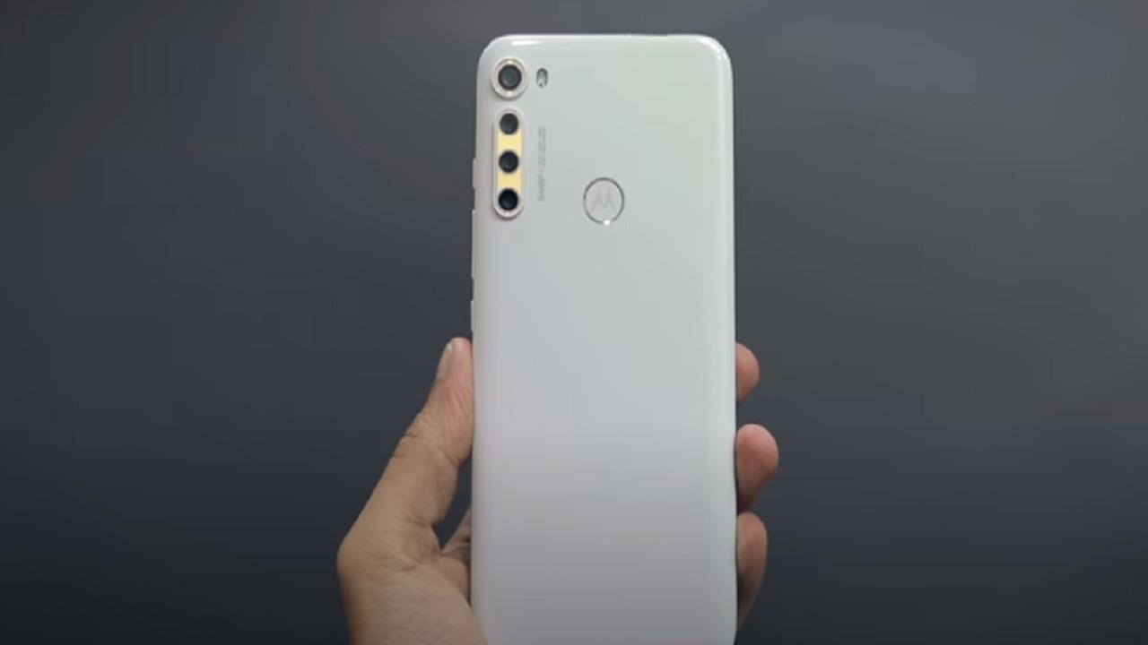 بالفيديو.. تعرف على هاتف «موتورولا» الجديد والمتوقع طرحه غدا بالأسواق