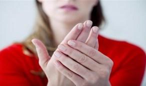 حالة في اليدين تدل على الإصابة بالسكري