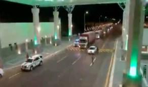 بالفيديو .. دوريات أمن طريق القصيم السريع تباشر مهام الضبط الأمني