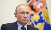 بوتين يسخر من السفارة الأمريكية والعاملين بها بعد رفع علم المثليين عليها
