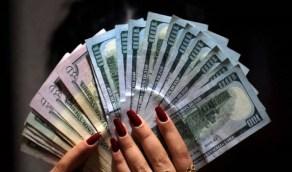 امرأة تدعي عجزها لـ 15 عامًا وتستولي على مليون دولار