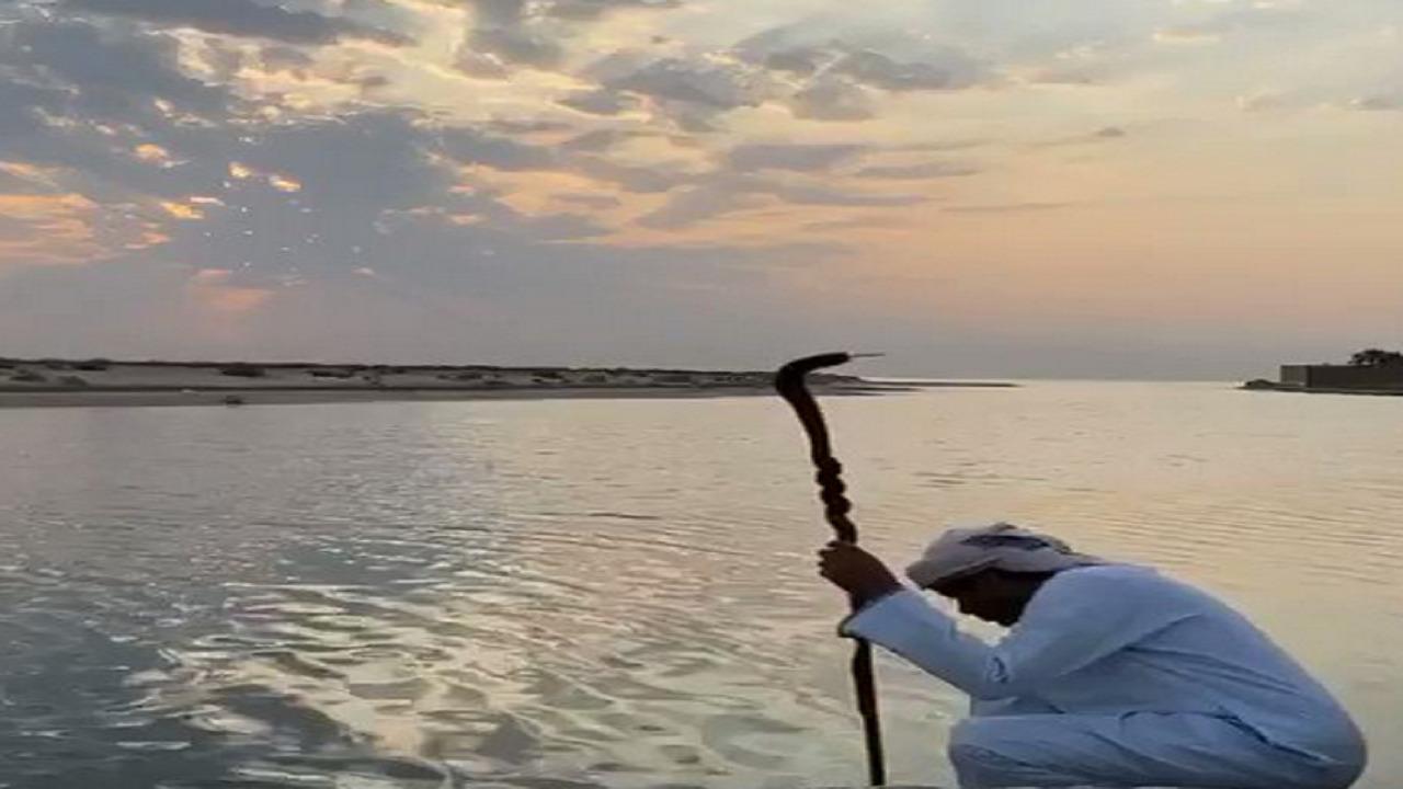 بالفيديو .. الزعاق : السحب العكسية الكاتمة تتشكل خلال هذه الأيام