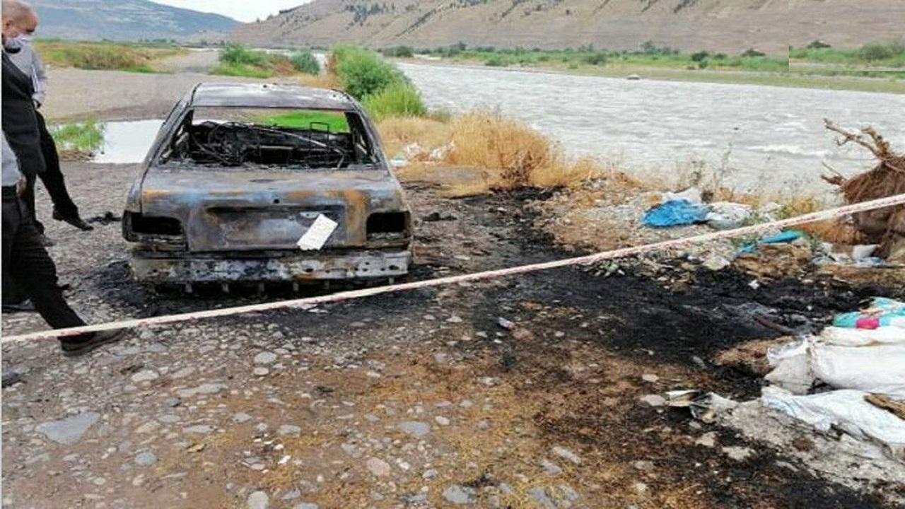 """انتحار رجل حرقا في سيارته حزنا على وفاة زوجته بـ """"كورونا"""""""