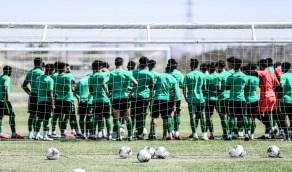 «الأخضر الشاب» يستأنف تدريباته استعدادًا لكأس آسيا (صور)