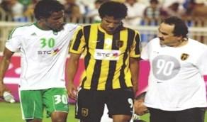 """هزازي عن تسببه في إصابة شقيقه: """" اللي في الملعب بينتهي في الملعب """""""