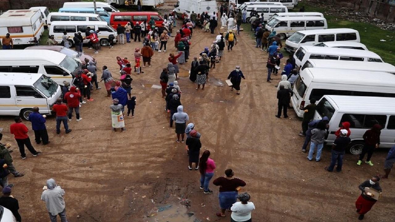 """"""" الحظر على الخمور """" إجراءات جنوب أفريقيا لوقف تفشي كورونا"""