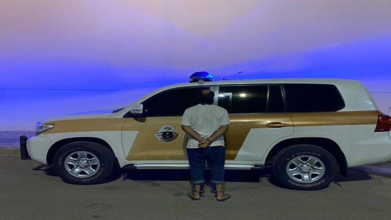 بالفيديو.. الإطاحة بشخص سرق 9 مركبات في جدة