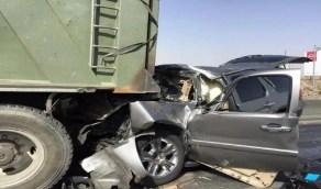 إصابة شخصين إثر حادث اصطدام مروع بين مركبة وشاحنة في المظليف