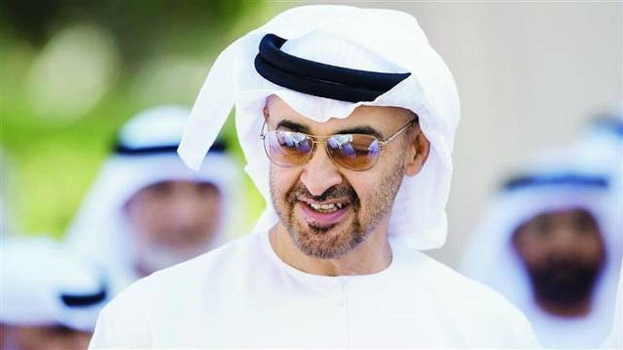 بالفيديو..ابن زايد يتجول بأحد مولات أبوظبي ويتبادل التحية مع المتواجدين