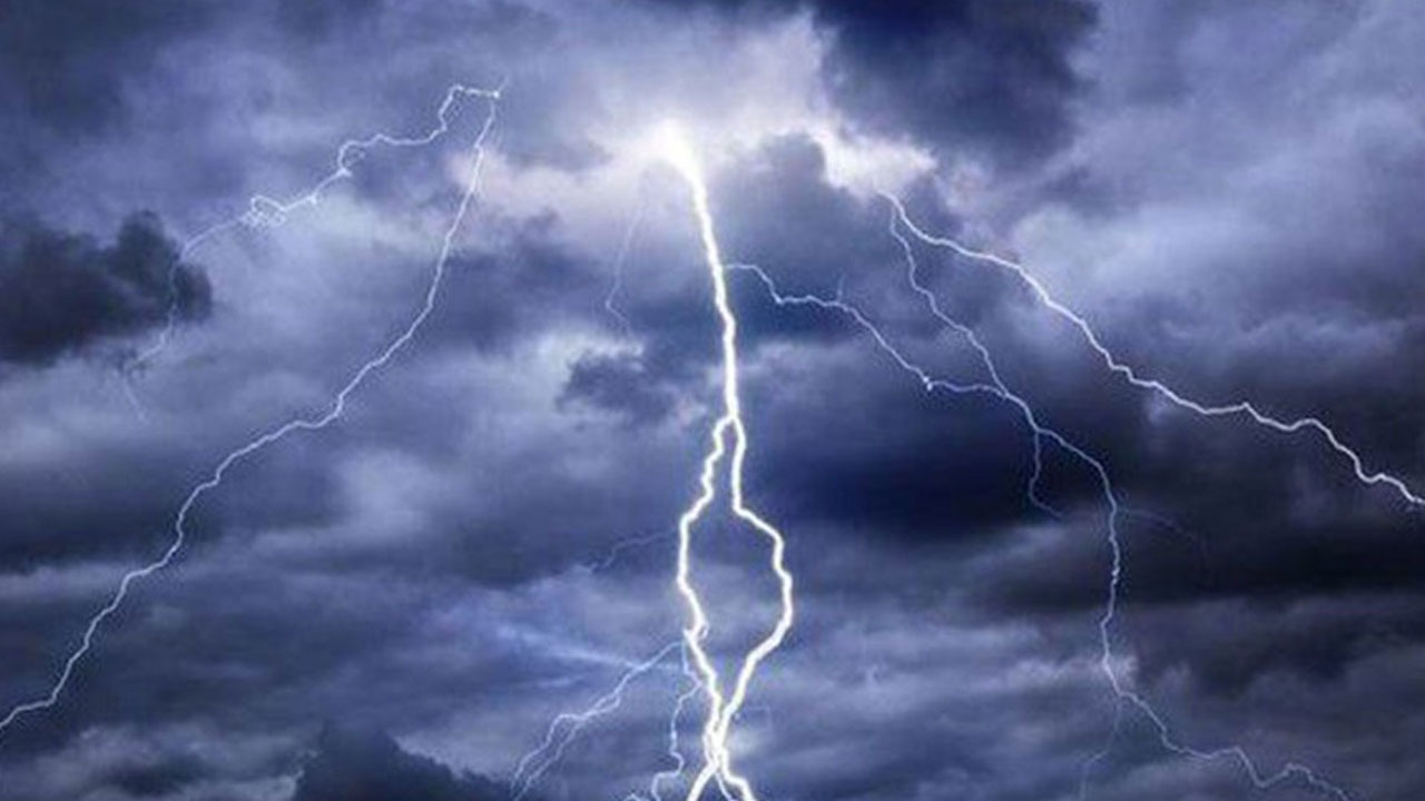 أمطار رعدية على 6 مناطق تستمر لـ 4 أيام