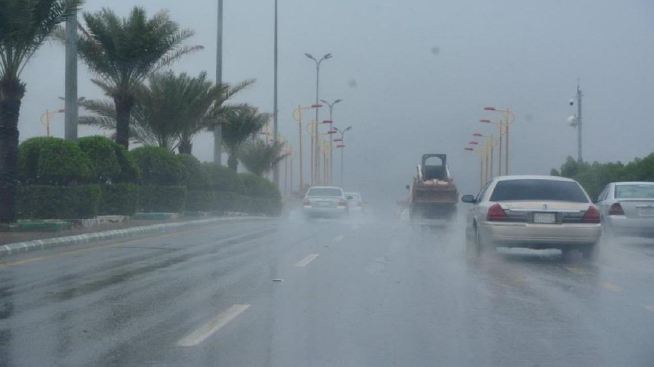 «الحصيني»: امطار ورياح على بعض المناطق حتى صباح الغد