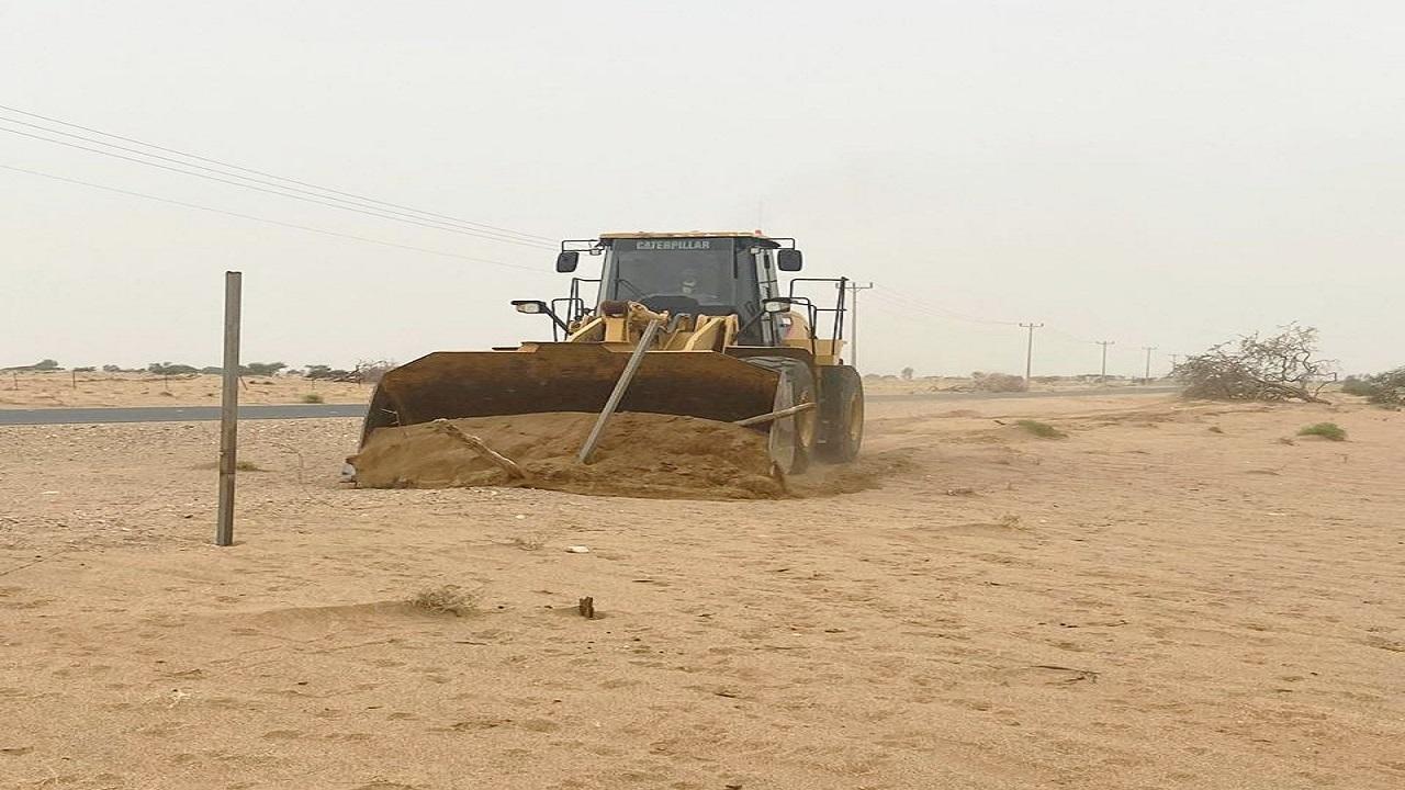 إزالة 60 ألف متر تعديات على أراضٍ حكومية بساحل عسير