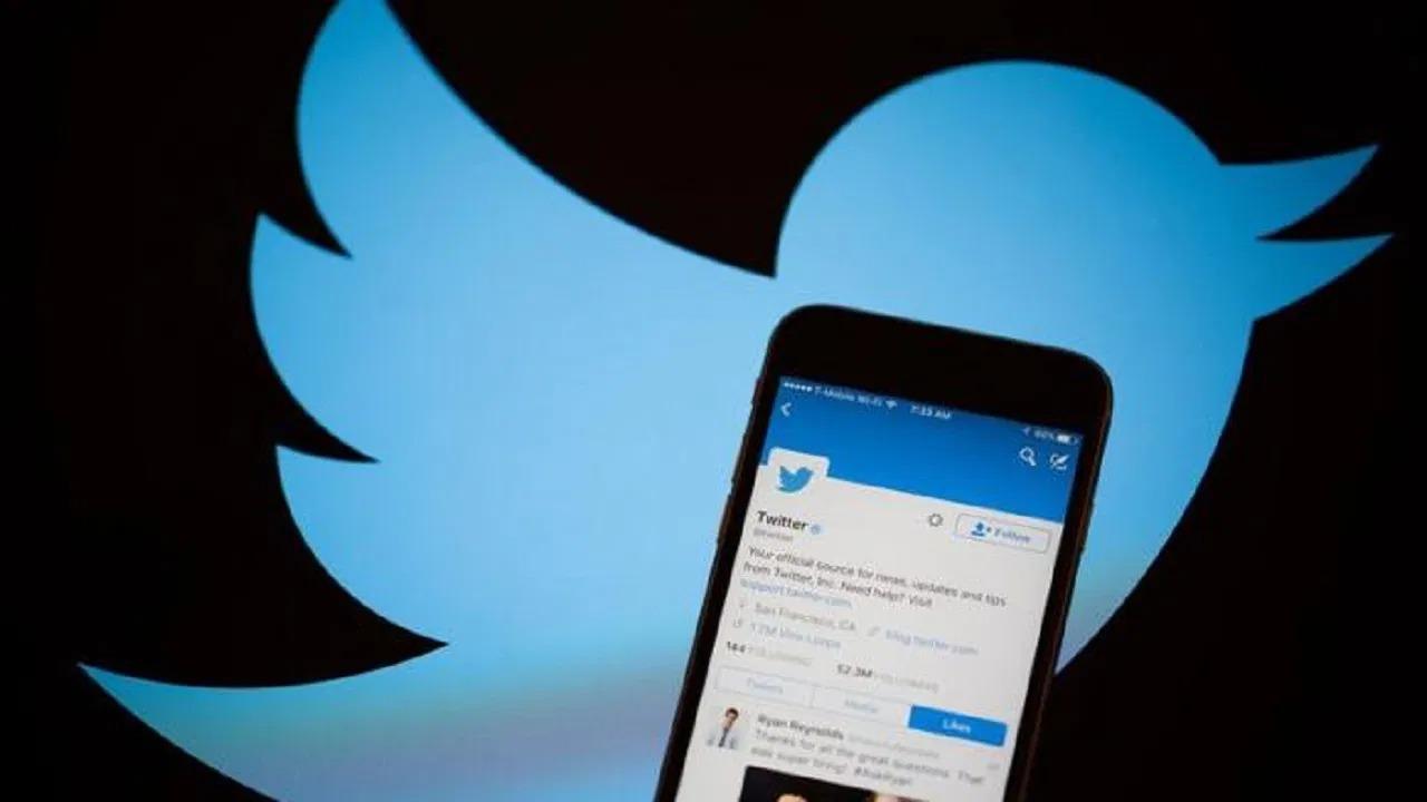 """خلل يضرب """"تويتر"""" يمنع من رفع الفيديوهات والصور"""
