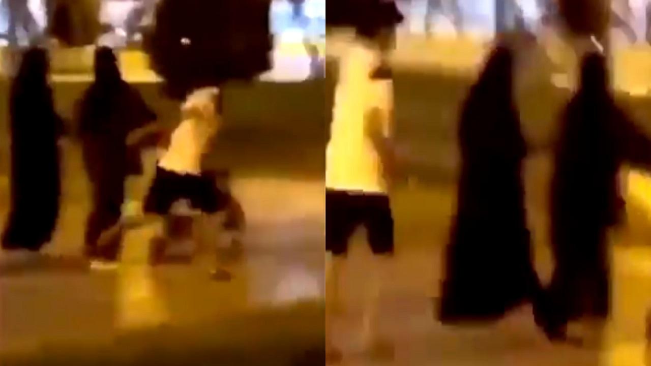 بالفيديو..لحظة تحرش شاب بمواطنة أثناء تنزهها في تبوك