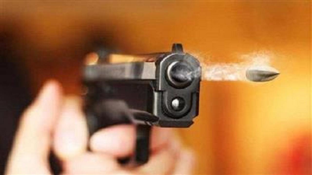 شاب يقتل شقيقاته الثلاث رميا بالرصاص في أول أيام العيد