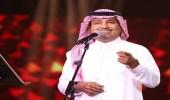بالفيديو.. راشد الماجد يغني للفنانة نوال الكويتية قبل 35 عام