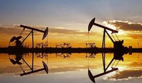 """النفط يصعد 1%.. """"برنت"""" 45 دولارا و""""الأمريكي"""" 42 دولارا"""