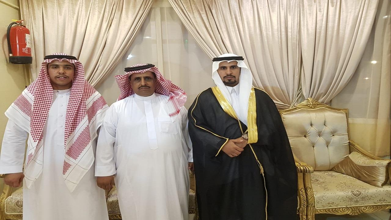"""الشاب """"يزيد"""" يحتفل بزواجه وسط إجراءات احترازية"""