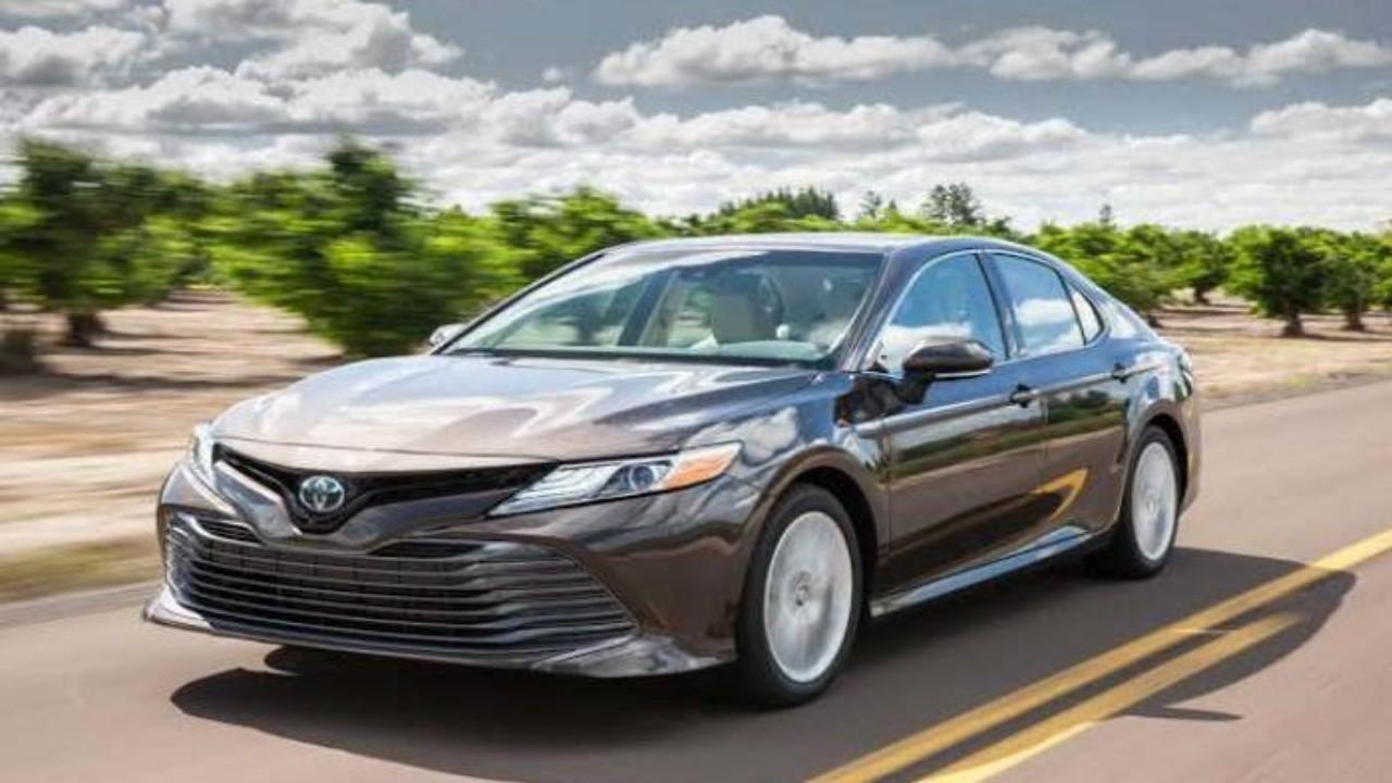 خطوات تقليل الطاقة أثناء قيادة السيارة الهجينة