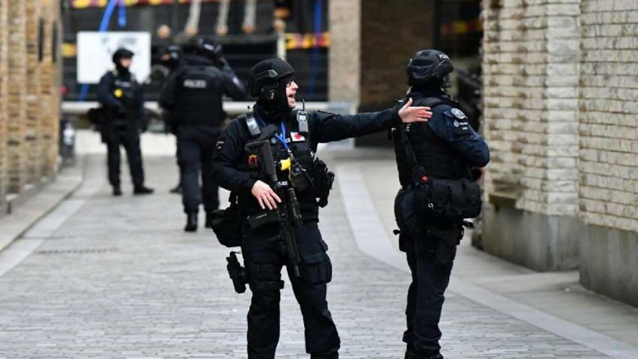اشتباكات بين الشرطة البريطانية والمسلمين خلال احتفالهم بعيد الأضحى