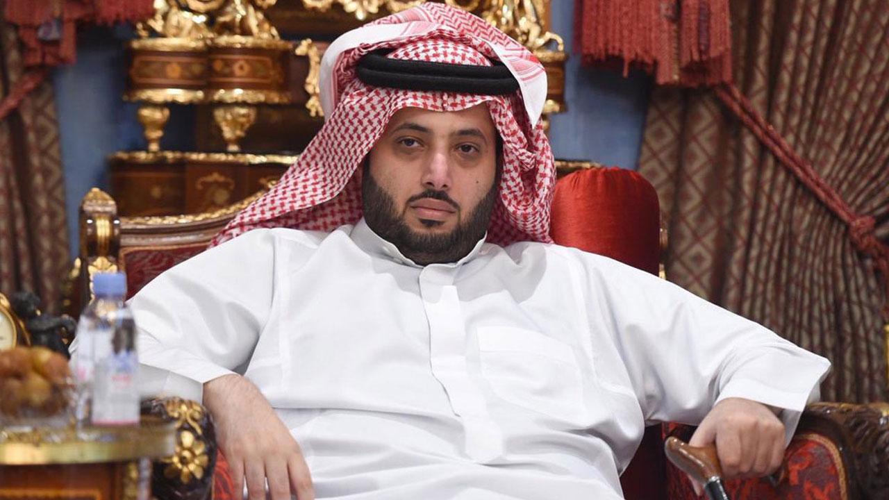 تركي آل الشيخ يتفاعل مع فيديو شاعر جازان الفصيح