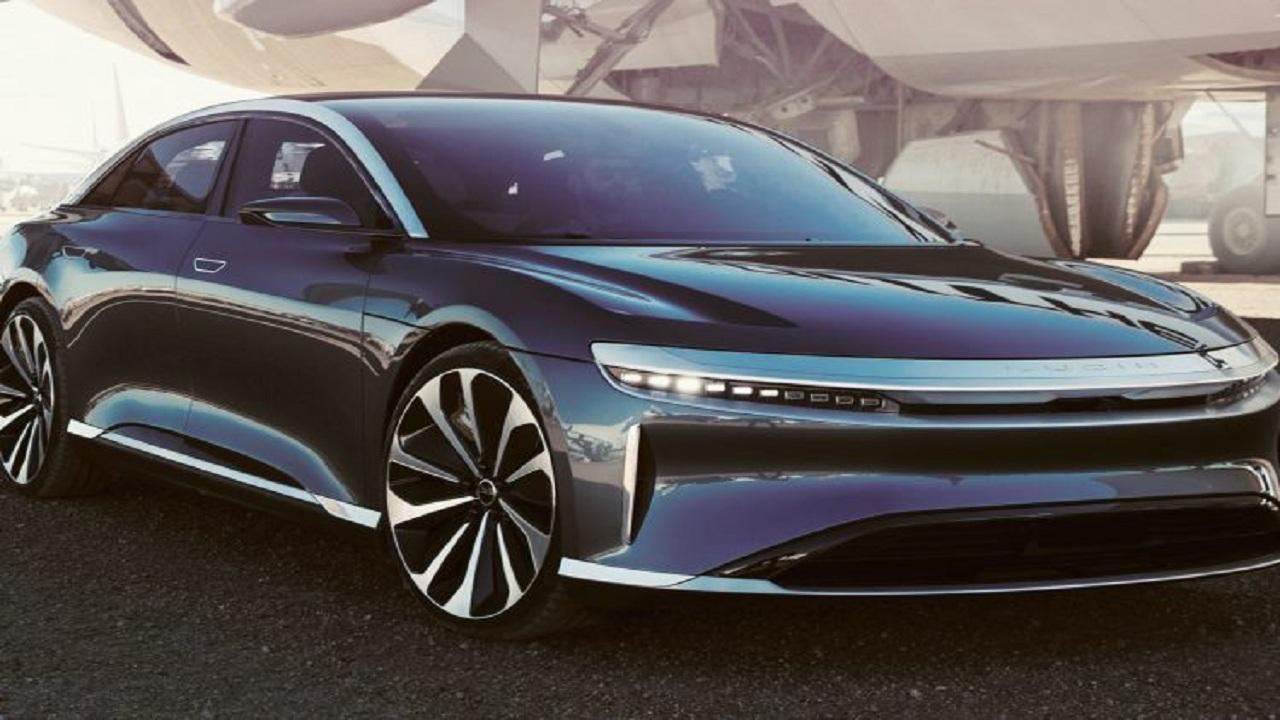 الإستثمارات العامة: سيارة لوسيد إير الكهربائية هي الأطول مدى والأفضل بيئيا