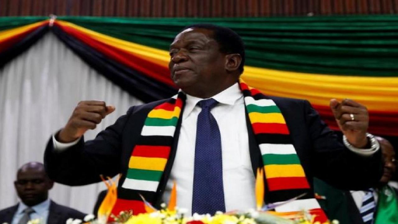 صراع بين أقوى رجلين في زيمباواي وتساؤلات حول احتمال إنقلاب بالبلاد