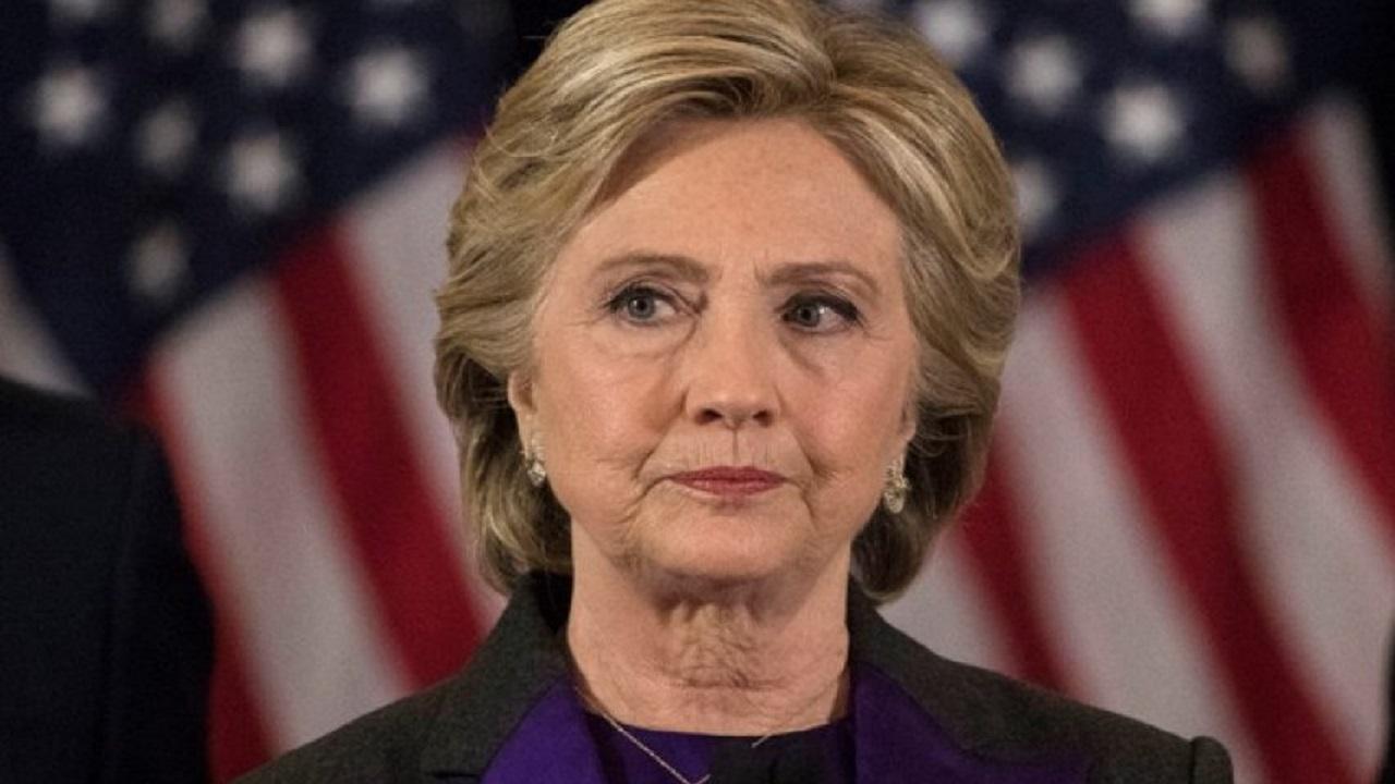 هيلاري كلينتون تعترف في مذكراتها بمخططات لتقسيم الدول العربية والخليج (فيديو)