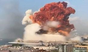 خبير إيطالي يفسر سبب ظهور السحابة البرتقالية في انفجار بيروت