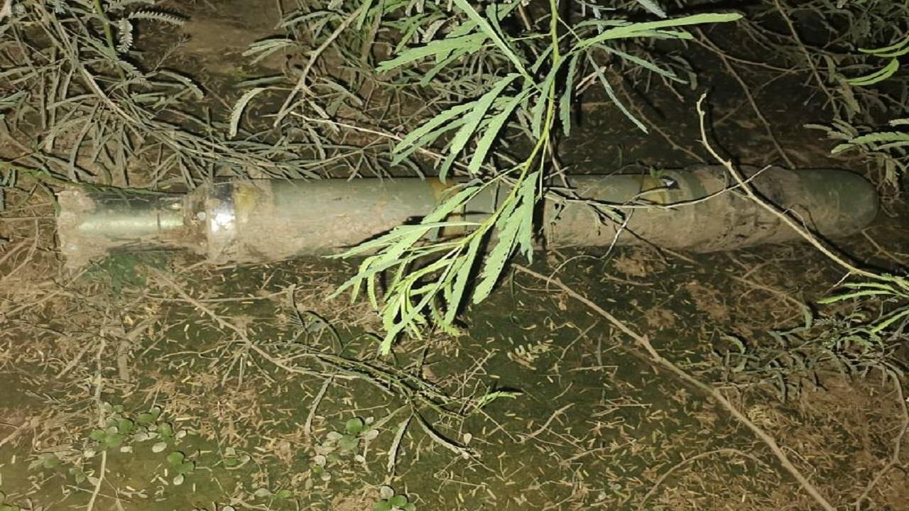 العثور على جسم صاروخ جرفته سيول اليمن إلى جازان
