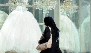 شاهد.. مستشارة أسرية توضح سبب عزوف الشباب والشابات عن الزواج