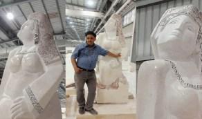 """تمثال """" مصر تنهض """" يثير الجدل"""