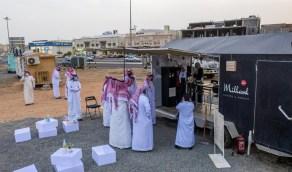 بالصور.. تخصيص مواقع لمشاريع عربات الأطعمة المتنقلة «فود ترك» بالمدينة